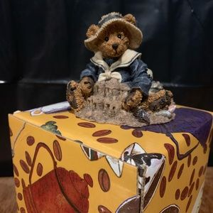 Boyd's Bears & Friends Figurine